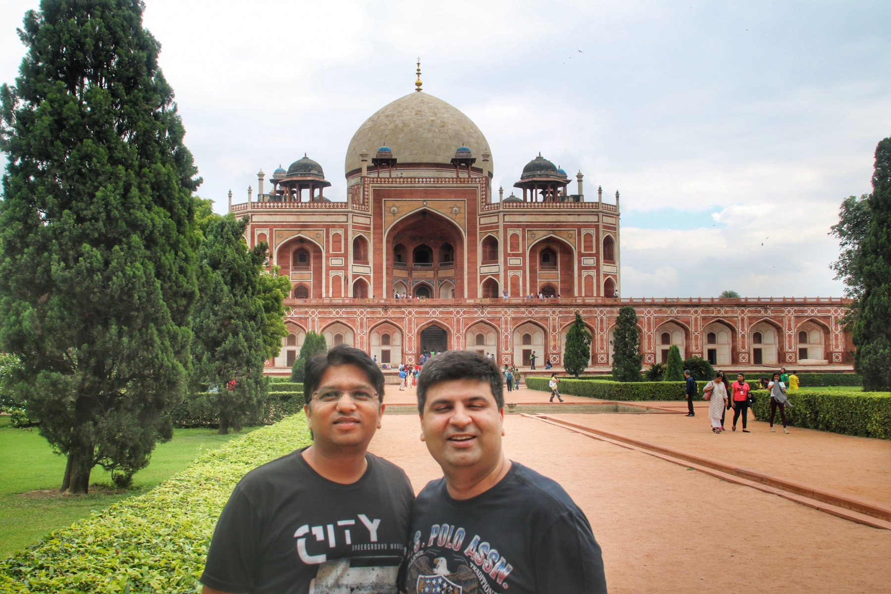 Atul and Salil at Humayun's tomb